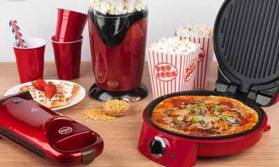 Win a Waffle, Pizza & Popcorn Maker
