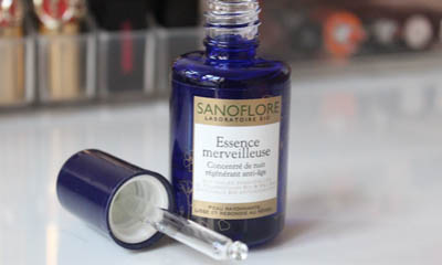 Free Sanoflore Essence Night Oil