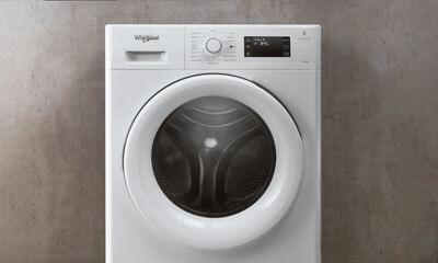 Free Whirlpool FreshCare 9kg Washing Machine