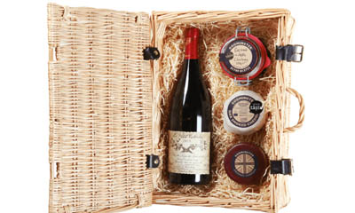Win a Godminster Christmas Pot Hamper
