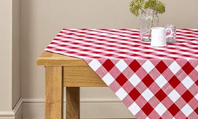 Free Gingham Tablecloths